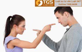 Trong thời gian chờ giải quyết ly hôn có quan hệ tình cảm với người khác