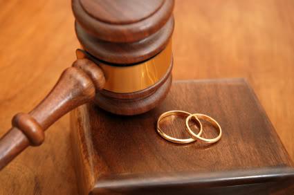 tội vi phạm chế độ một vợ một chồng theo bộ luật hình sự 2015